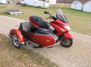 2012 KYMCO Xciting 500Ri ABS Scooter w/brand new Cozy Euro sidecar