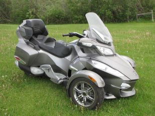 2011 BRP Can Am Spyder RTS SE5